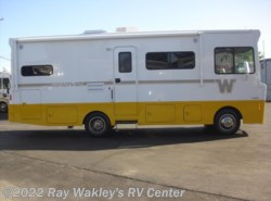 Used 2015 Winnebago Brave 26A available in North East, Pennsylvania