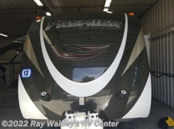 Used 2013  Keystone Bullet 22RB by Keystone from Ray Wakley's RV Center in North East, PA