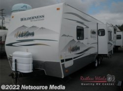 Used 2009  Fleetwood Wilderness 250RDS by Fleetwood from Restless Wheels RV Center in Manassas, VA