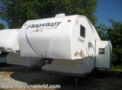 Used 2009  Forest River Flagstaff 8528RLWS by Forest River from Riley's RV World in Mayfield, KY