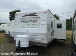 Used 2009  Forest River Flagstaff 829BHSS by Forest River from Riley's RV World in Mayfield, KY