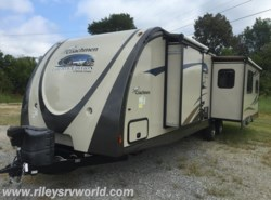 Used 2013  Coachmen Freedom Express 298 REDS by Coachmen from Riley's RV World in Mayfield, KY