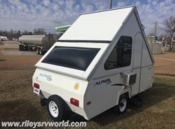 Used 2009  Aliner Classic  by Aliner from Riley's RV World in Mayfield, KY