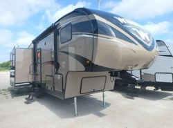 New 2017  Winnebago Voyage 28SGS by Winnebago from McClain's RV Rockwall in Rockwall, TX