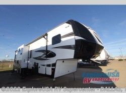 New 2017  Dutchmen Voltage V3305 by Dutchmen from ExploreUSA RV Supercenter - MESQUITE, TX in Mesquite, TX
