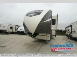 Used 2017  CrossRoads Volante 3801MD by CrossRoads from ExploreUSA RV Supercenter - MESQUITE, TX in Mesquite, TX