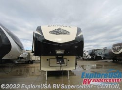 New 2016  Dutchmen Denali 262RLX by Dutchmen from ExploreUSA RV Supercenter - CANTON, TX in Wills Point, TX