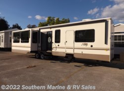 Used 2013  Forest River Cedar Creek Cottage 40CRL by Forest River from Park Model City & RV Sales in Ft. Myers, FL