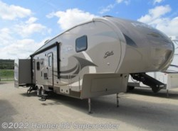 Used 2016  Shasta Phoenix 35BH by Shasta from Hanner RV Supercenter in Baird, TX