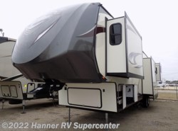New 2017  Forest River Wildwood 372RD by Forest River from Hanner RV Supercenter in Baird, TX
