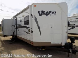 Used 2016  Forest River Flagstaff 30WRLIKS by Forest River from Hanner RV Supercenter in Baird, TX