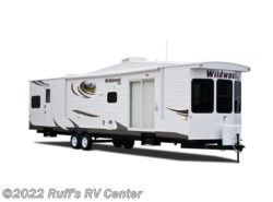 Used 2013  Forest River Wildwood Lodge 39FDEN by Forest River from Ruff's RV Center in Euclid, OH