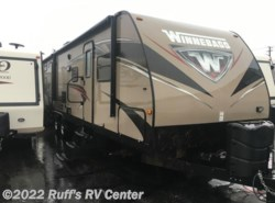 Used 2016  Winnebago Ultralite 31BHDS by Winnebago from Ruff's RV Center in Euclid, OH