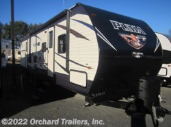 New 2017  Palomino Puma 31BHSS by Palomino from Orchard Trailers, Inc. in Whately, MA