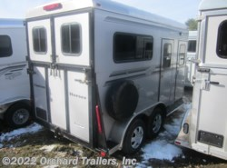 Used 2010  Kingston  2-Horse w/ Dress by Kingston from Orchard Trailers, Inc. in Whately, MA