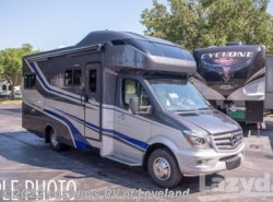 New 2019 Tiffin Wayfarer 25QW available in Loveland, Colorado