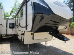 New 2016  Dutchmen Denali Fifth Wheel 293RKS by Dutchmen from Karolina Koaches in Piedmont, SC