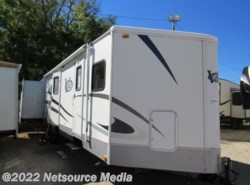Used 2007  Keystone  VRI 328BHS by Keystone from Karolina Koaches in Piedmont, SC