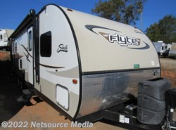 Used 2014  Shasta Flyte 265RL by Shasta from Karolina Koaches in Piedmont, SC