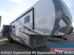 New 2017  Highland Ridge  Open Range Roamer RF371MBH by Highland Ridge from ExploreUSA RV Supercenter - FT. WORTH, TX in Ft. Worth, TX