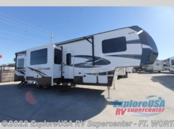 New 2017  Dutchmen Voltage V3605 by Dutchmen from ExploreUSA RV Supercenter - FT. WORTH, TX in Ft. Worth, TX