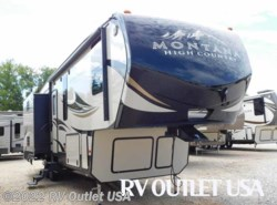 New 2017  Keystone Montana High Country 305RL by Keystone from RV Outlet USA in Ringgold, VA
