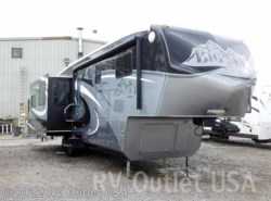 Used 2011  Keystone Montana Big Sky 340RLQ by Keystone from RV Outlet USA in Ringgold, VA