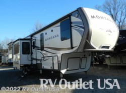 New 2017  Keystone Montana 3791RD Legacy by Keystone from RV Outlet USA in Ringgold, VA