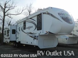 Used 2013  Heartland RV Bighorn 3610RE by Heartland RV from RV Outlet USA in Ringgold, VA