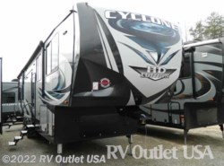 New 2017  Heartland RV Cyclone 4200 HD by Heartland RV from RV Outlet USA in Ringgold, VA