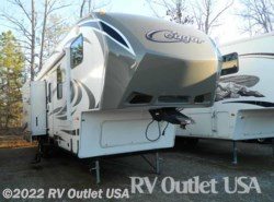 Used 2013  Keystone Cougar 320QB by Keystone from RV Outlet USA in Ringgold, VA