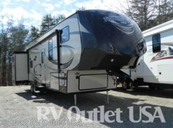 Used 2015  Forest River Salem Hemisphere 356QB by Forest River from RV Outlet USA in Ringgold, VA