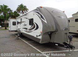 Used 2014  Keystone Cougar  by Keystone from RV World Inc. of Nokomis in Nokomis, FL