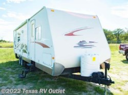 Used 2009  Keystone Hideout SV302 by Keystone from Texas RV Outlet in Willow Park, TX