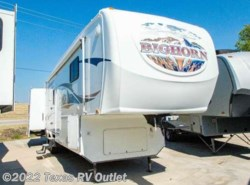 Used 2008  Heartland RV Bighorn 3055RL by Heartland RV from Texas RV Outlet in Willow Park, TX