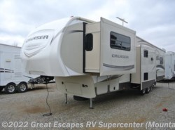 Used 2015  CrossRoads Cruiser CF362FL by CrossRoads from Great Escapes RV Center in Gassville, AR