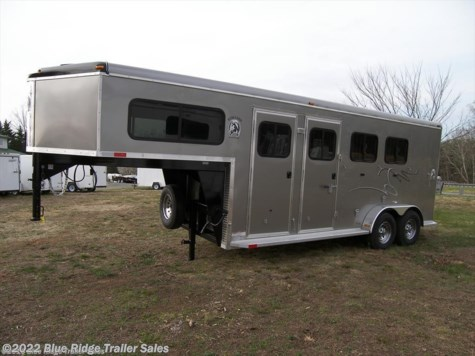 2018 Homesteader Stallion 3 Horse GN Slant w/Dress 7'8