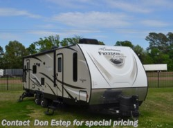 Used 2017 Coachmen Freedom Express 297RLDS available in Southaven, Mississippi
