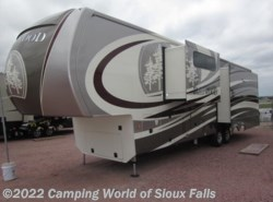 New 2017  Redwood Residential Vehicles Redwood 39MB by Redwood Residential Vehicles from Spader's RV Center in Sioux Falls, SD