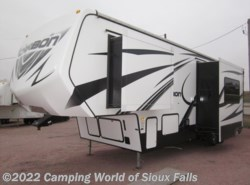 Used 2015  Keystone Carbon 297 by Keystone from Spader's RV Center in Sioux Falls, SD