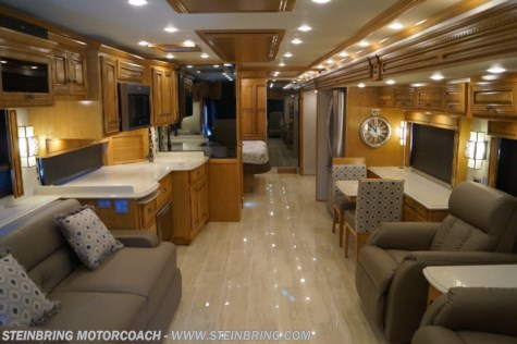 2019 Newmar Dutch Star 4369 BATH AND A HALF