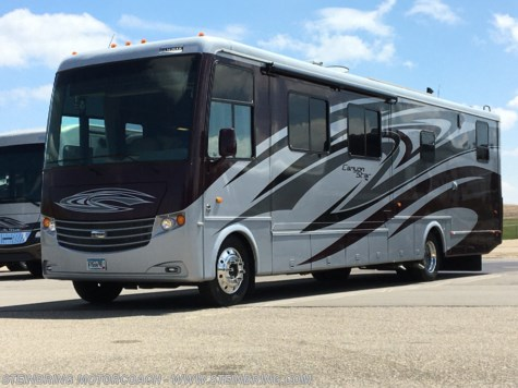 2012 Newmar Canyon Star 3920  TOY HAULER