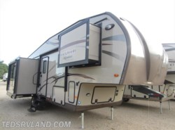 Used 2014  Forest River Rockwood Signature Ultra Lite 8289WS by Forest River from Ted's RV Land in Paynesville, MN