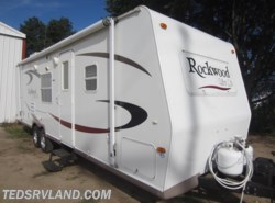 Used 2006  Forest River Rockwood Ultra Lite 2607 by Forest River from Ted's RV Land in Paynesville, MN