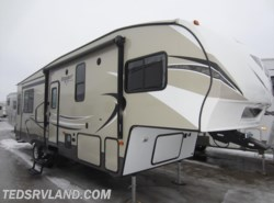 Used 2016  Keystone Hideout 299RLDS by Keystone from Ted's RV Land in Paynesville, MN
