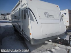 Used 2003  Forest River Surveyor  by Forest River from Ted's RV Land in Paynesville, MN