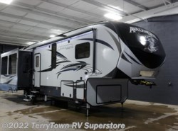 New 2017  Keystone Avalanche 365MB by Keystone from TerryTown RV Superstore in Grand Rapids, MI