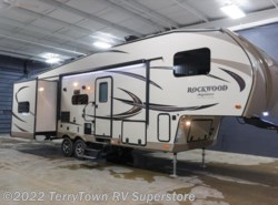 New 2017  Forest River Rockwood Signature Ultra Lite 8281WS by Forest River from TerryTown RV Superstore in Grand Rapids, MI