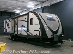 Used 2014  Coachmen Freedom Express 320BHDS by Coachmen from TerryTown RV Superstore in Grand Rapids, MI