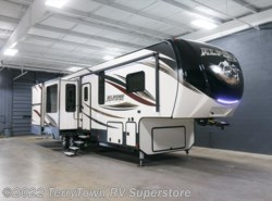 New 2017 Keystone Alpine 3500RL available in Grand Rapids, Michigan